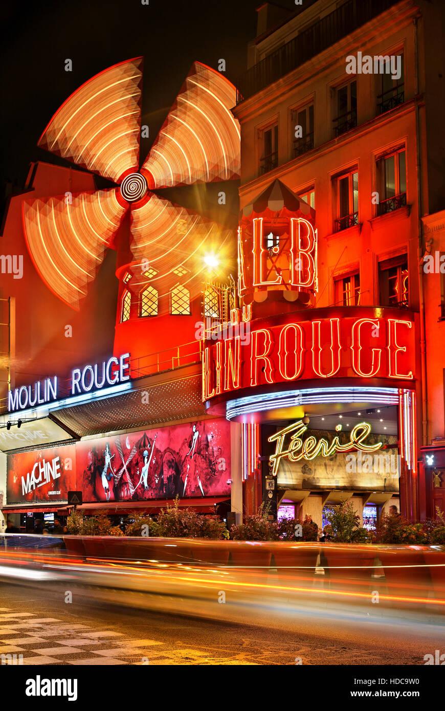 Moulin Rouge (moulin rouge') L'un des plus célèbres cabarets, au quartier de Pigalle, à proximité Photo Stock
