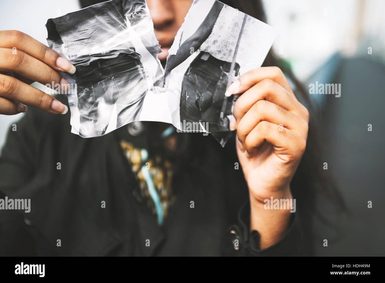 Coeur brisé d'amour triste douleur mal le concept de séparation Photo Stock