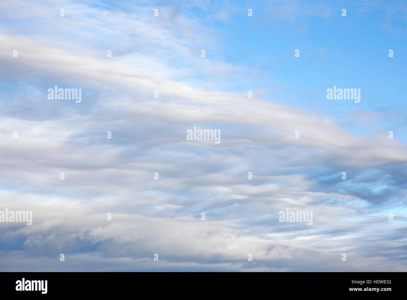 La formation de nuages stratocumulus inhabituelle. Banque D'Images