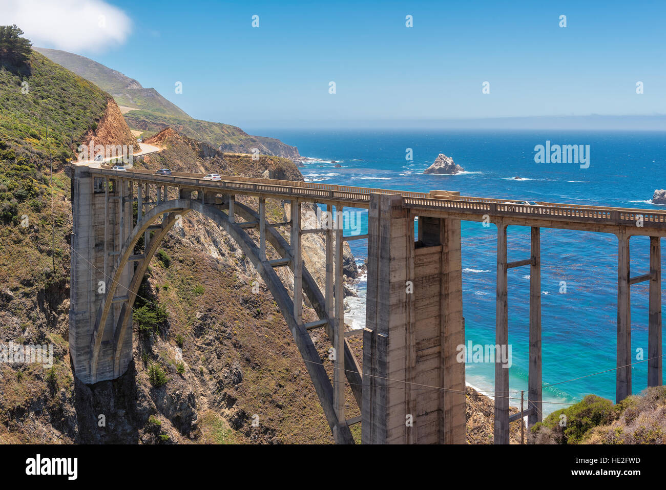 Bixby Bridge sur la côte Pacifique de la Californie, USA. Photo Stock