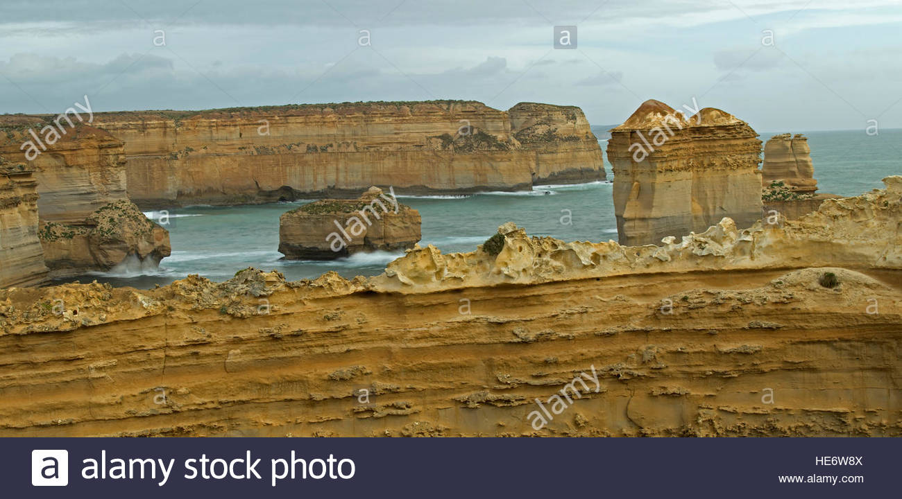 Le Razorback, douze apôtres, Port Campbell National Park, Great Ocean Road, Victoria, Australie, routes panoramiques Photo Stock