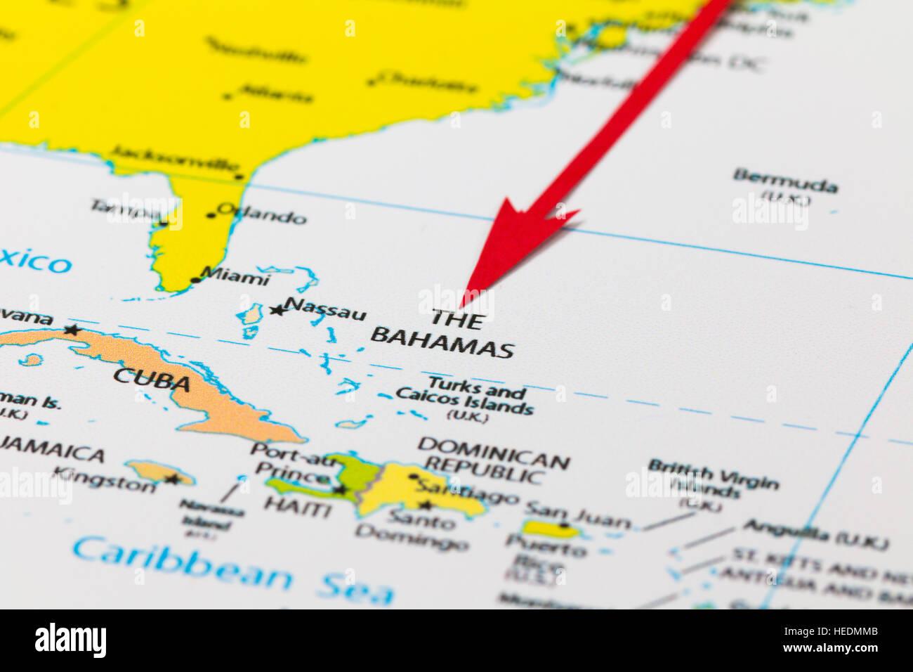 Flèche rouge pointant les Bahamas Îles sur le plan de l'amérique du continent et des Caraïbes Banque D'Images