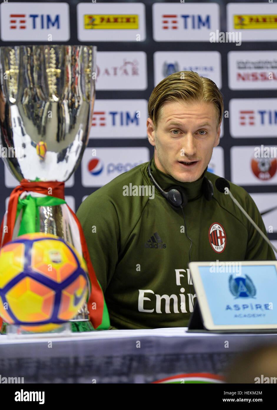 (161223) -- DOHA, le 23 décembre 2016, (Xinhua) -- L'AC Milan le capitaine et défenseur italien Ignazio Photo Stock