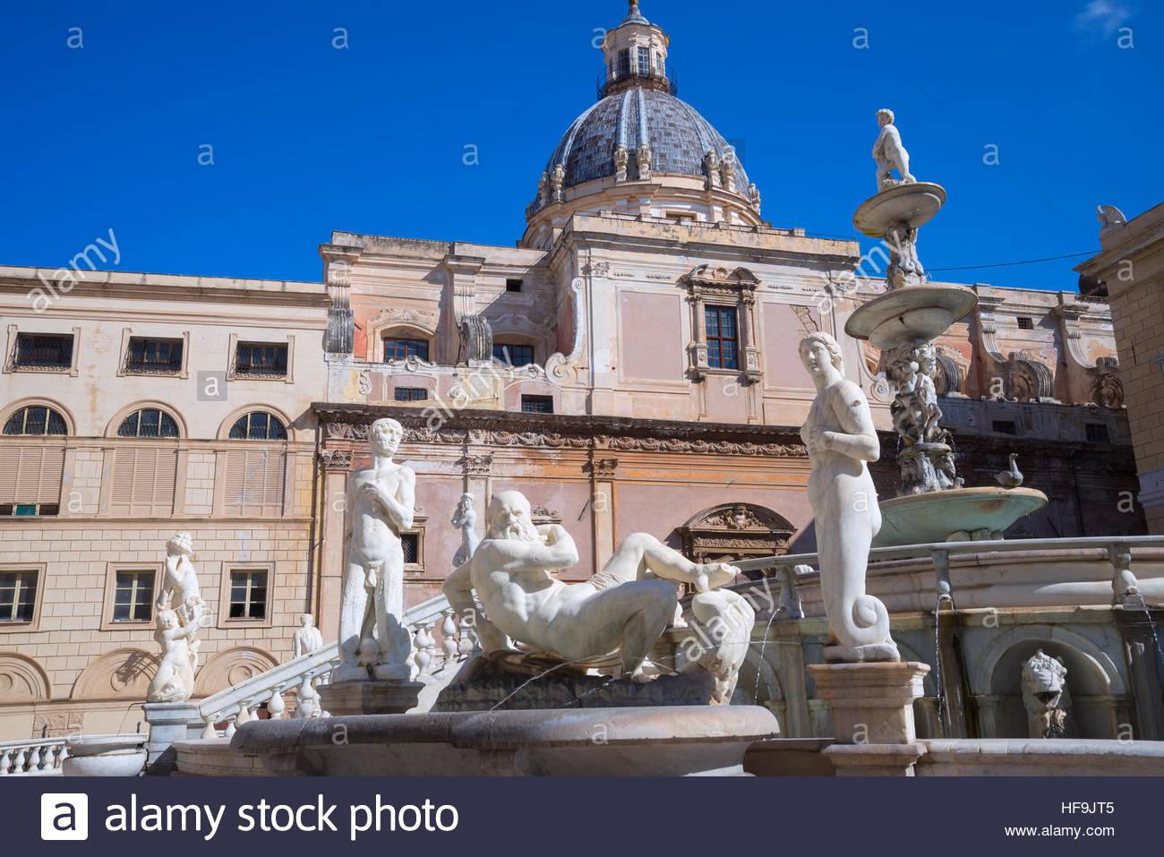 La Piazza Pretoria, Palerme, Sicile, Italie, Europe, Photo Stock