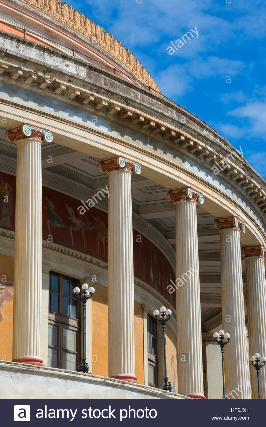 Théâtre Politeama, Palerme, Sicile, Italie, Europe Photo Stock