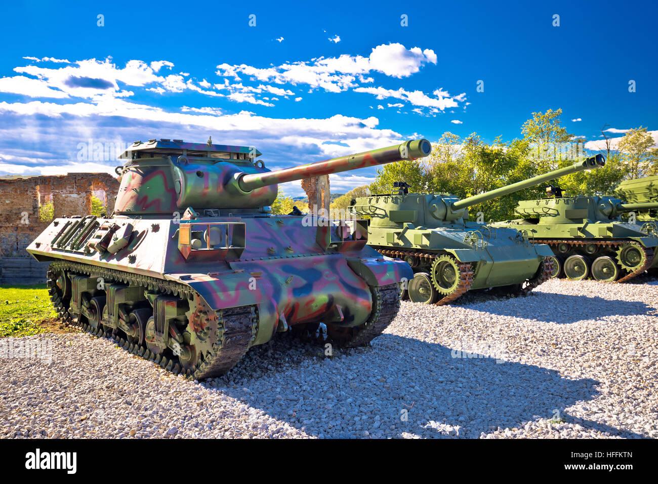 Les chars de l'armée en vue parc, Karlovac, Croatie Banque D'Images