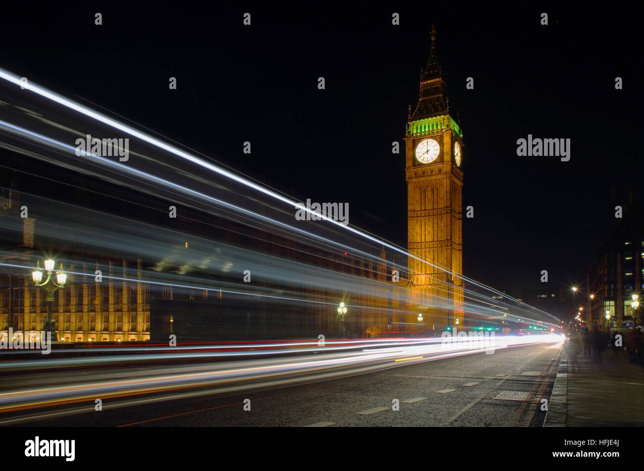 Les chambres du Parlement, Big Ben et la Tour de la Reine Elizabeth, Westminster Bridge London UK Photo Stock