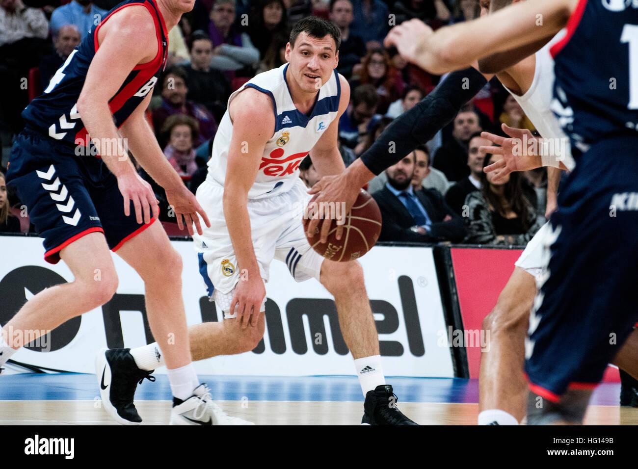 Vitoria, Espagne. 3 janvier, 2017. Jonas Maciulis (real madrid) en action au cours de la saison de basket-ball match Photo Stock
