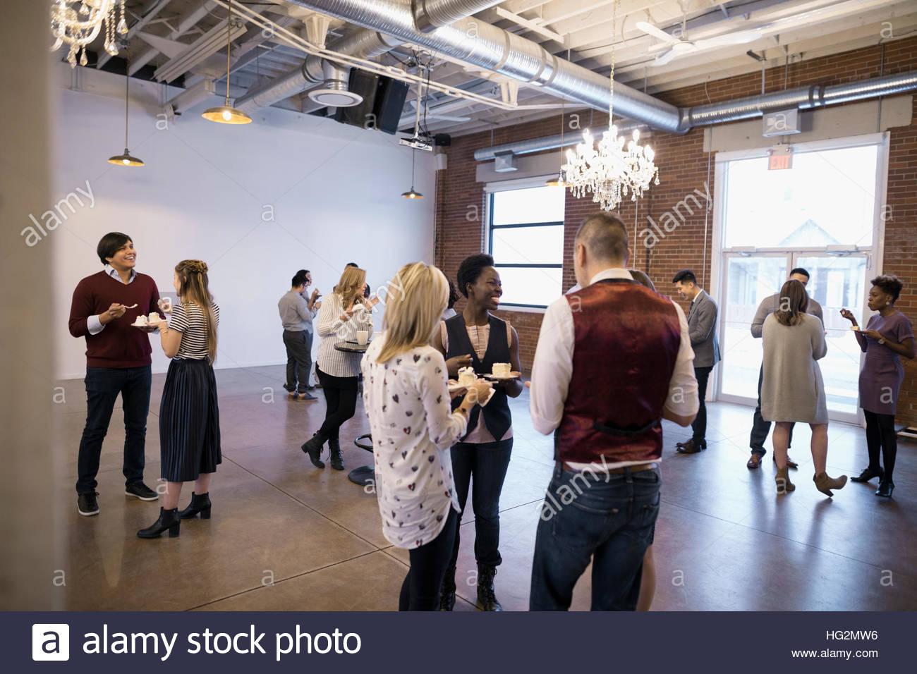 La mise en réseau des gens d'affaires à la conférence Photo Stock