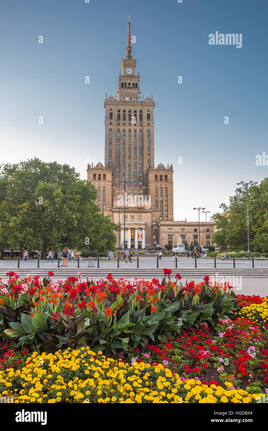 Palais de la Culture et de la science dans la construction de la ville de Varsovie Photo Stock