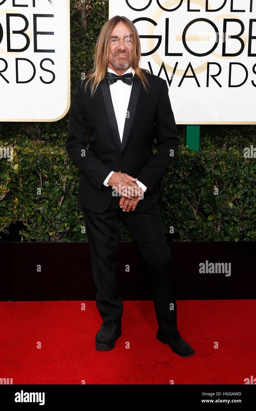 Los Angeles, États-Unis. Le 08 Jan, 2017. Iggy Pop arrive à la 74e assemblée annuelle Golden Globe Awards, Golden Banque D'Images