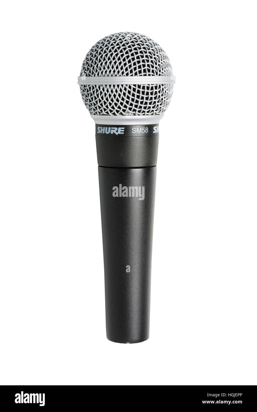 Assurez-vous d'un microphone SM58 sur fond blanc Photo Stock