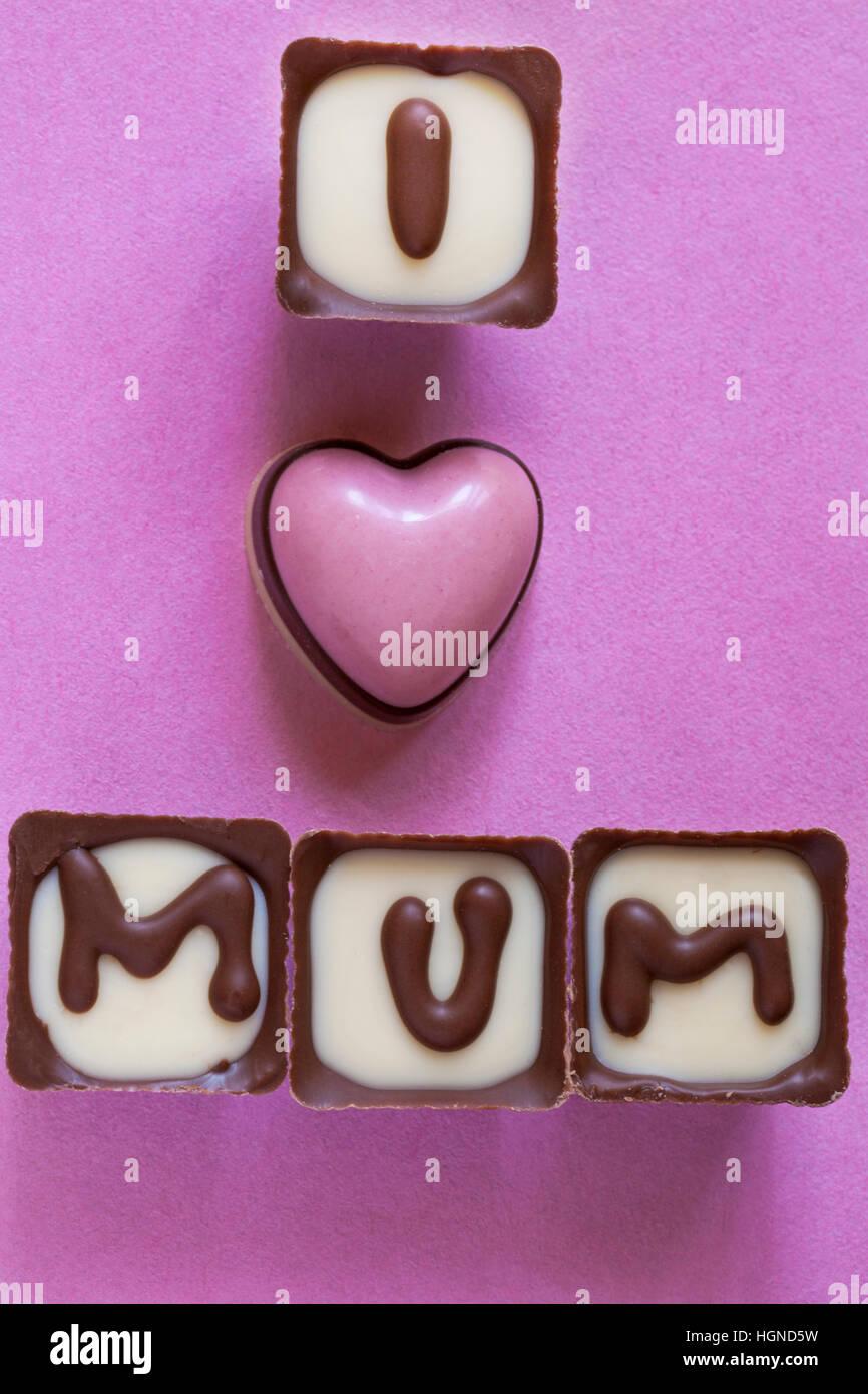 J'aime Maman Thorntons chocolats retirés de fort, partie de présent pour la Fête des Mères, Photo Stock