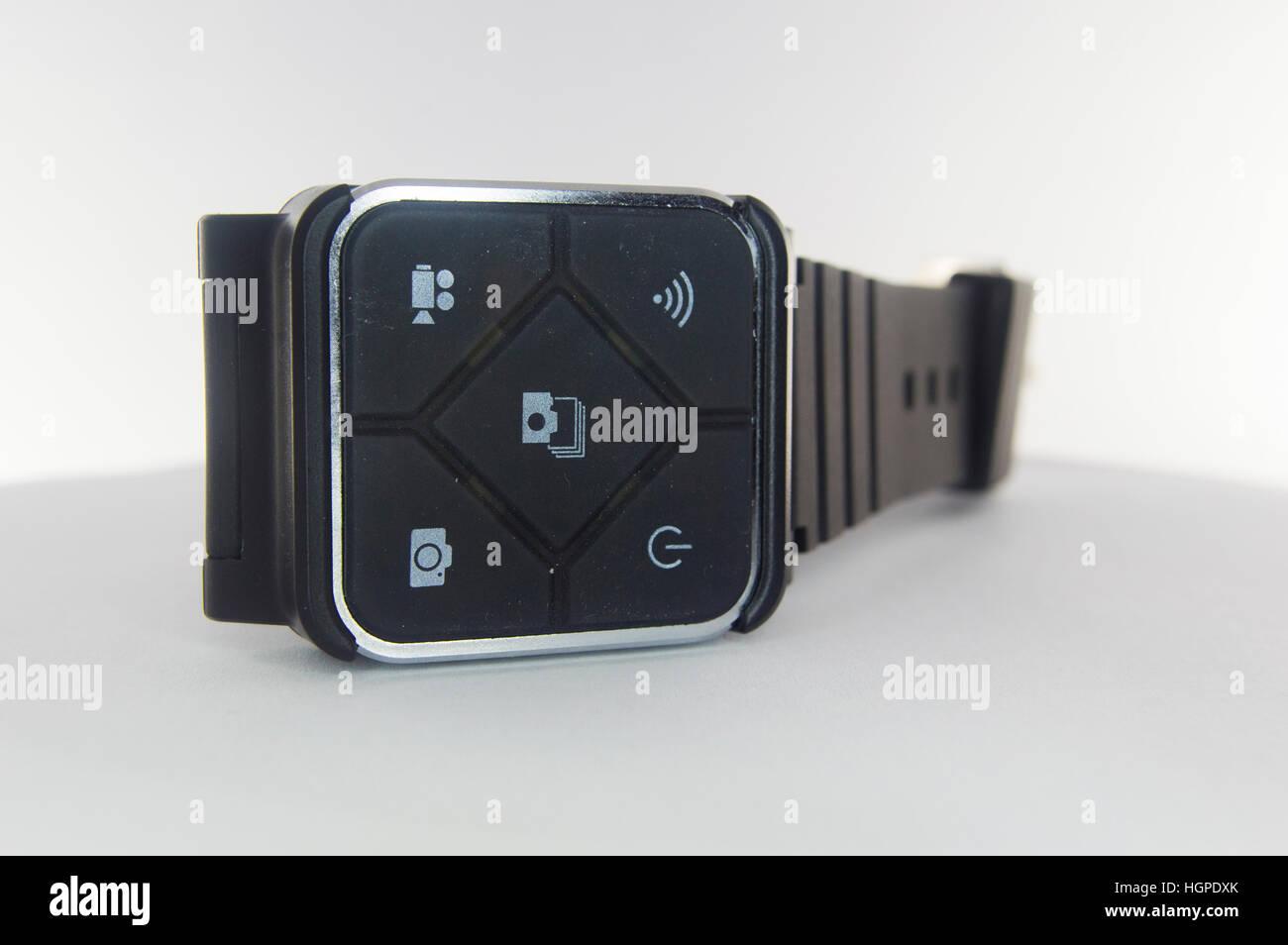 SJCAM montre bracelet de commande à distance depuis l'appareil, connexion Wi-Fi au réseau local Photo Stock