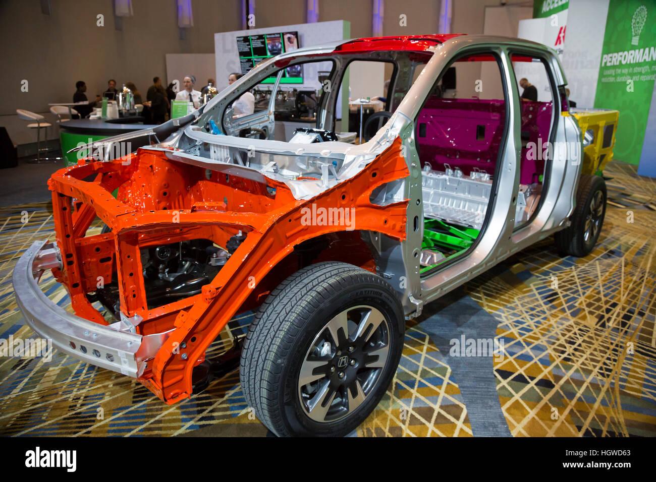 Detroit, Michigan - l'industrie de l'acier affiche le cadre en acier d'une Honda Ridgeline au North Photo Stock