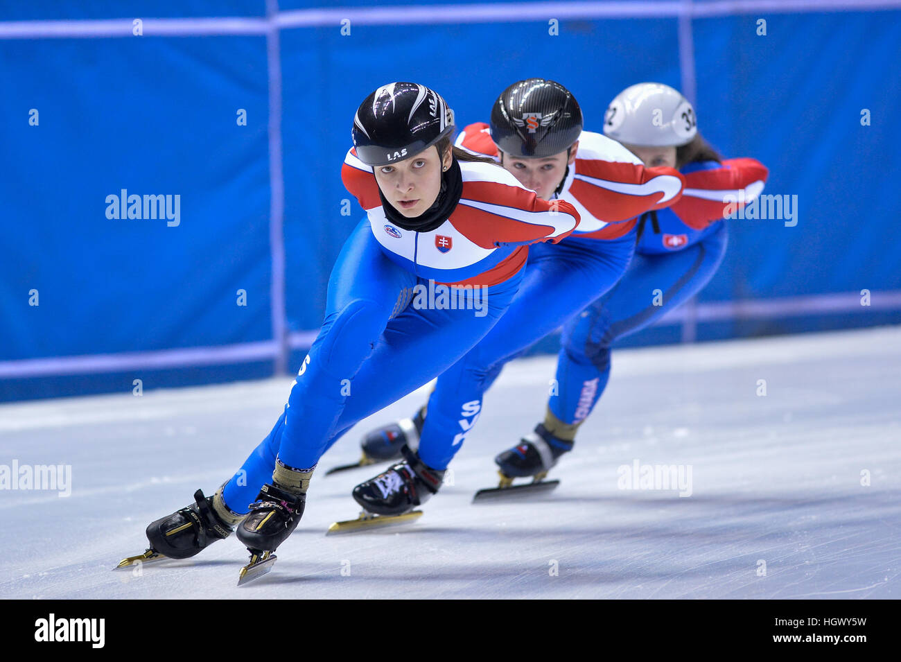 Torino, Italie. 12 Jan, 2017. Sandra Trusova en action au cours de l'entraînement pour la Slovaquie National Photo Stock