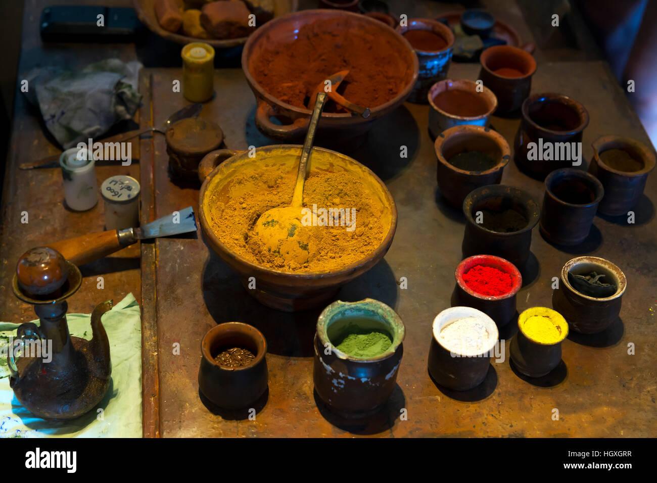 Préparation de la peinture à l'huile, musée de la maison de Rembrandt, rembrandthuis, Amsterdam, Photo Stock