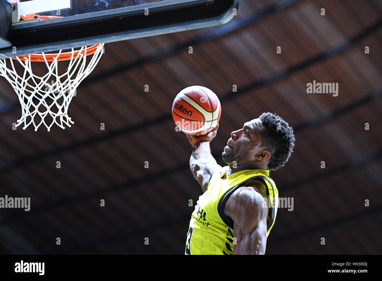 Tokyo, Japon. 15 Jan, 2017. Ira Brown (Sunrockers) au cours de la Ligue B All Star Game 2017 Dunk Contest au 1er Photo Stock