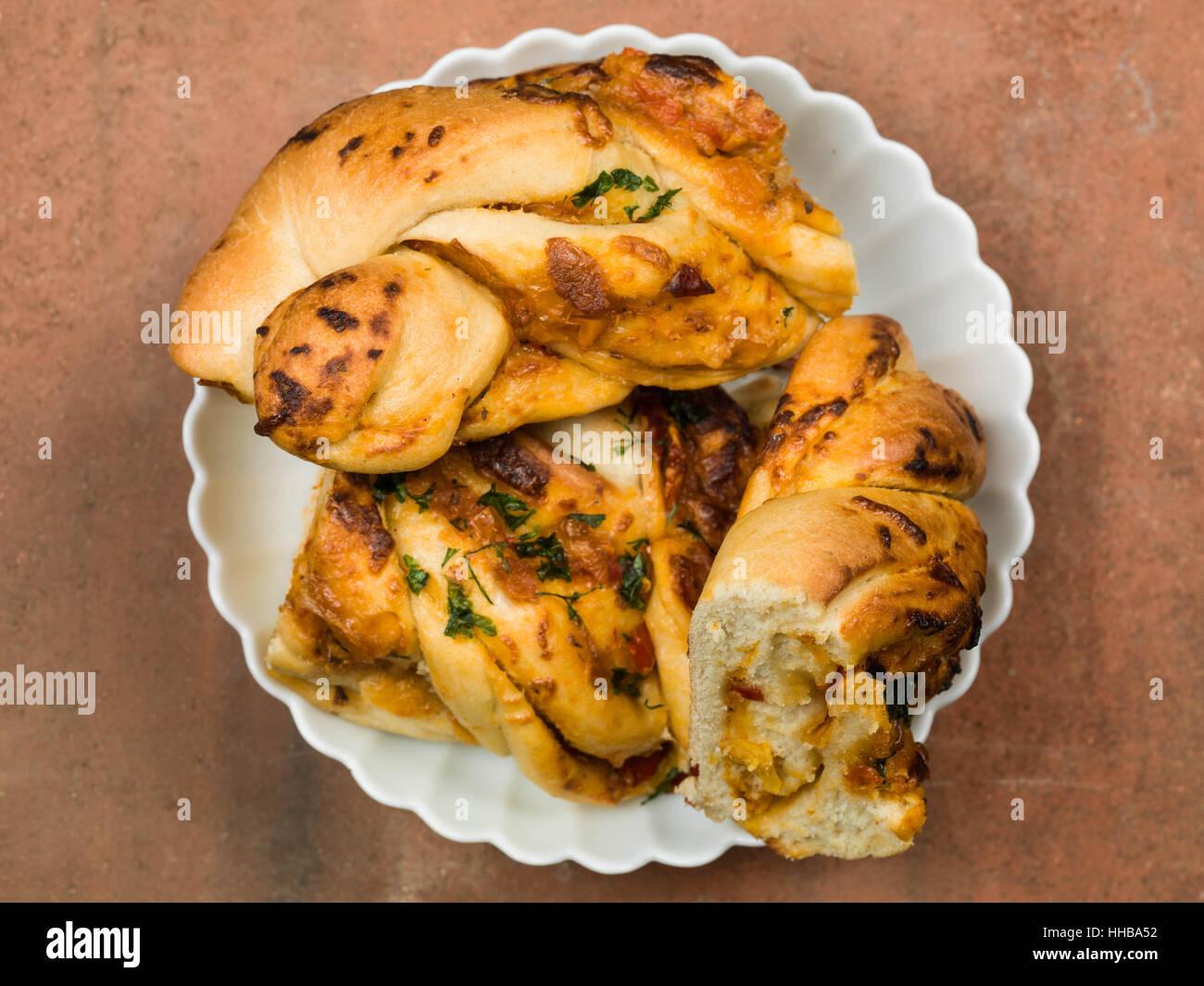 Des grillades de style italien et poivre pain fromage twist Photo Stock