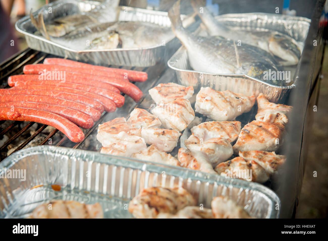 grillfeier photos & grillfeier images - alamy