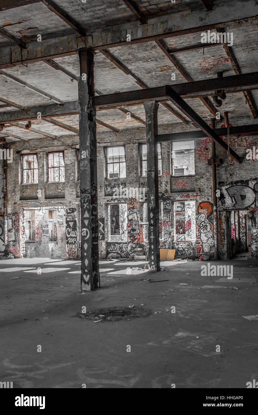 Chambre Loft Industriel - Bâtiment de l\'usine abandonnée ...