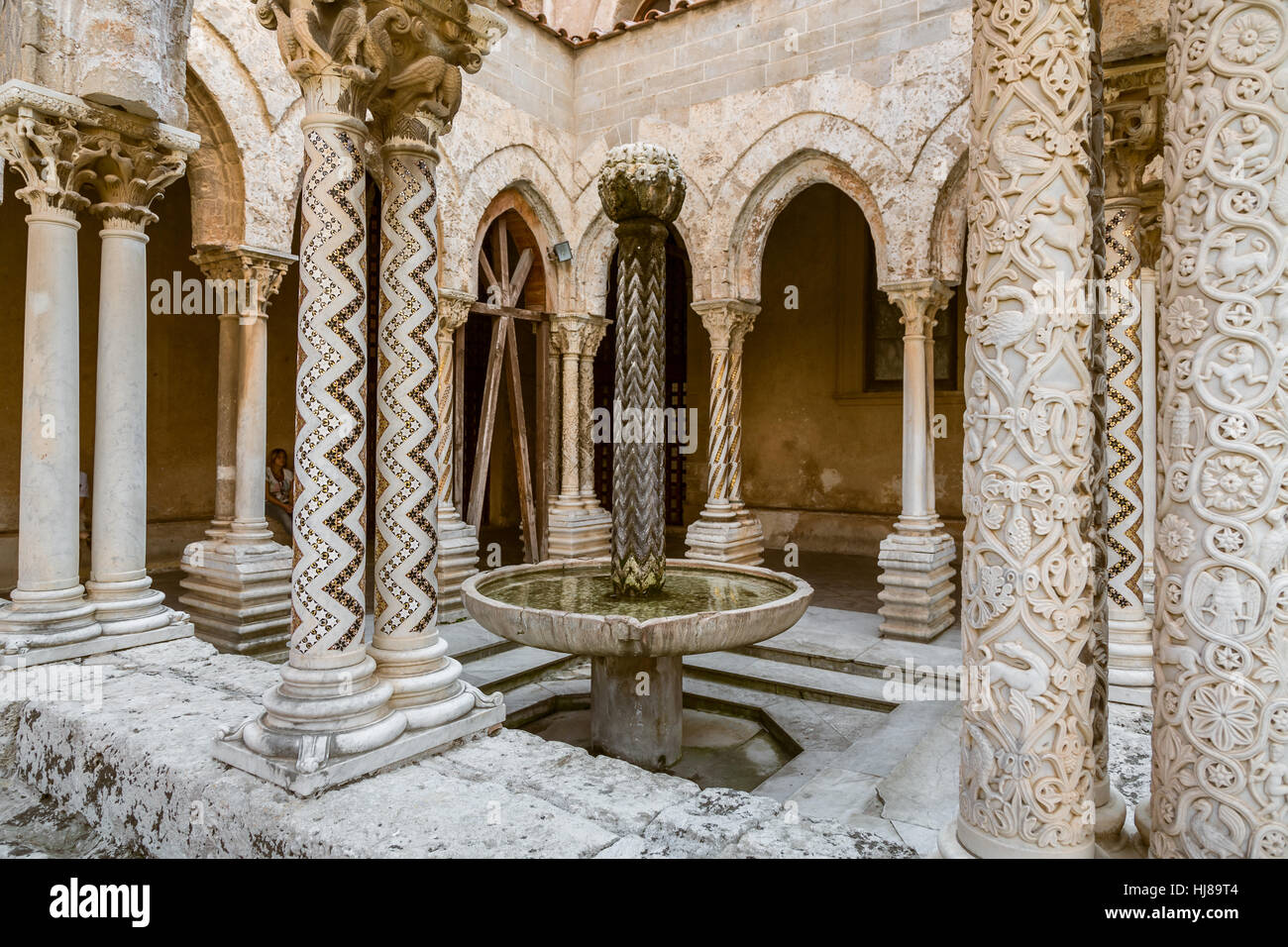 Cloître de la cathédrale de Monreale, Sicile Photo Stock