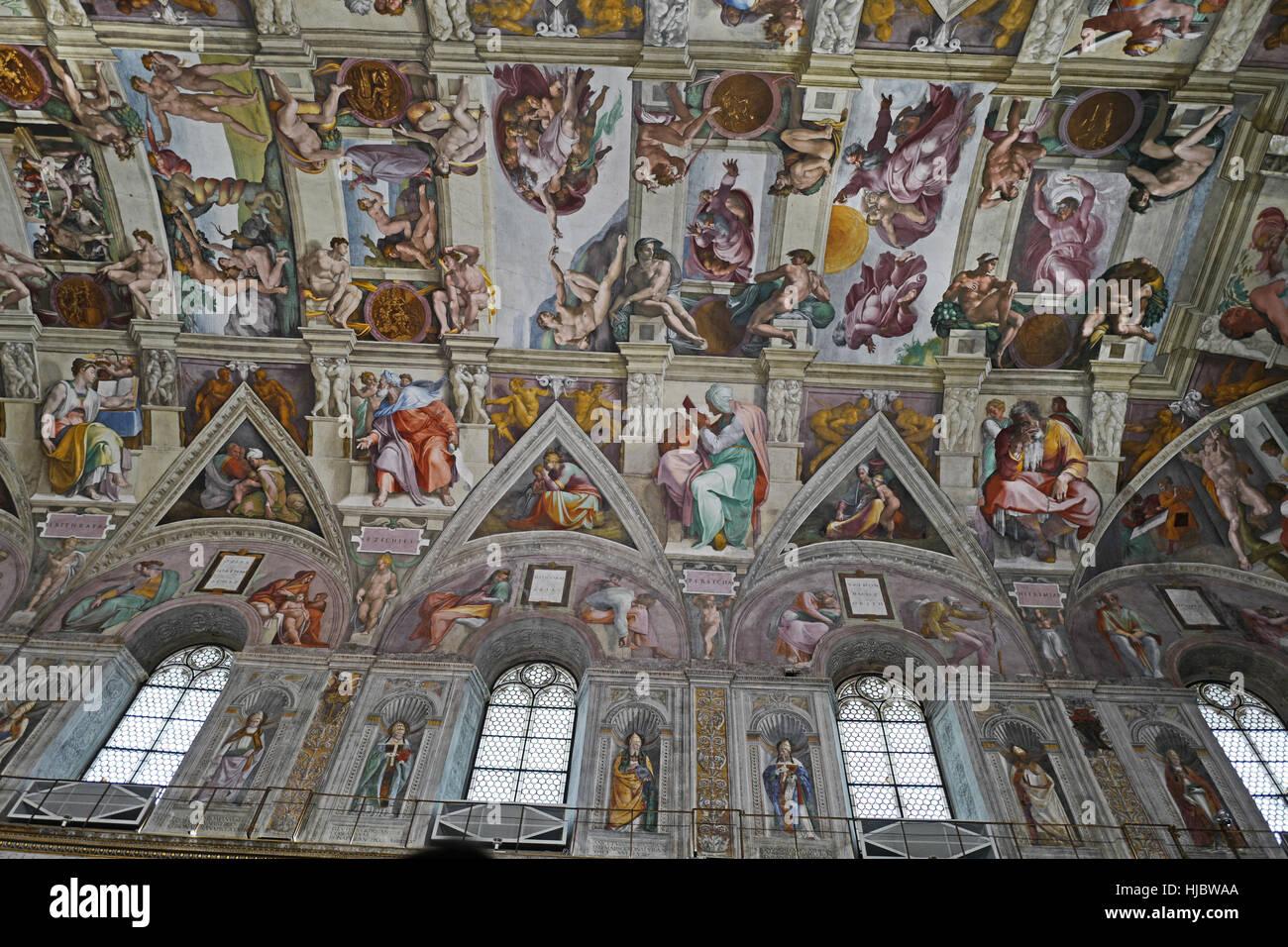 Peinture De Plafond Par Michelangelo Du Jugement Dernier A La