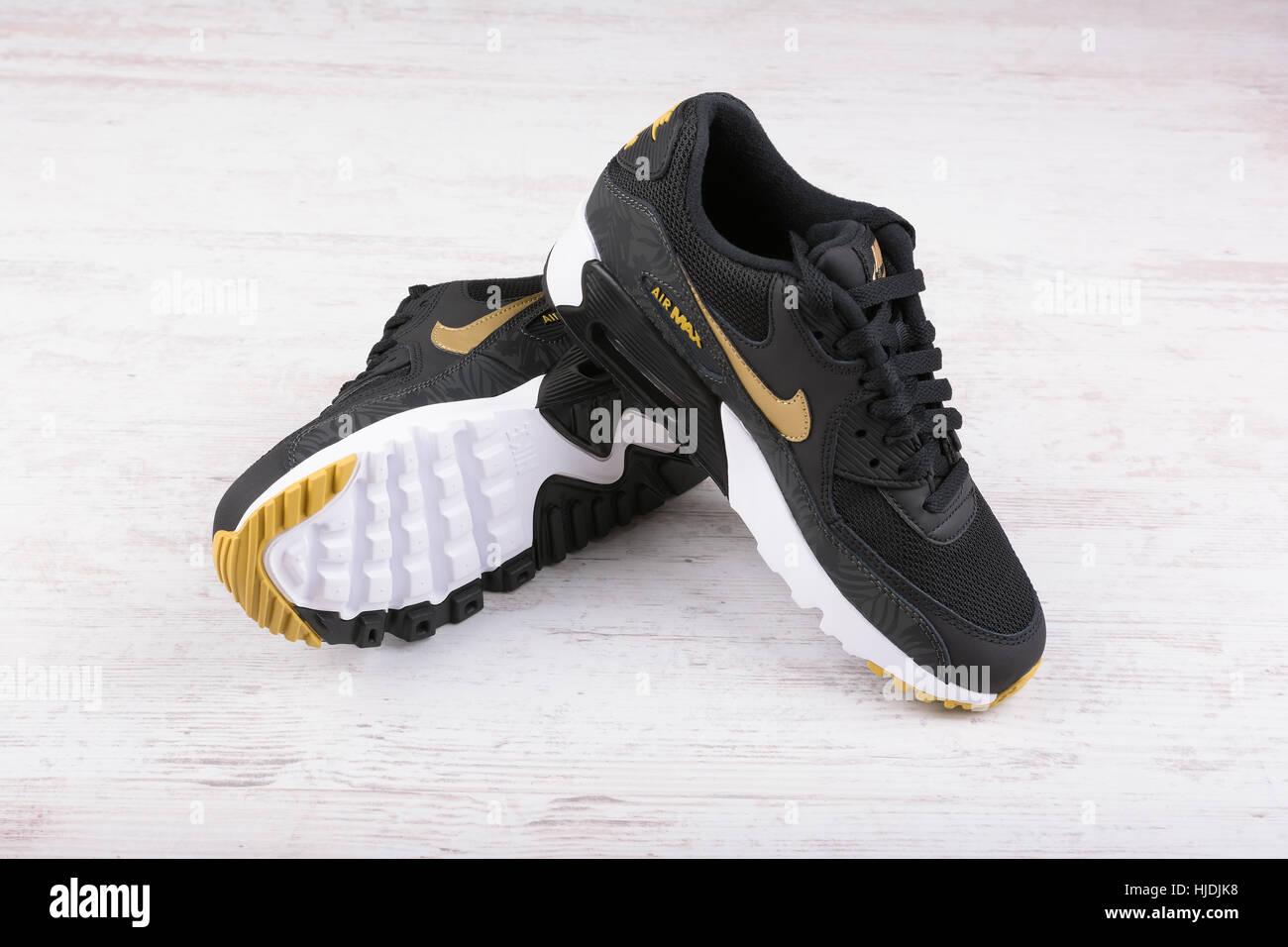 Nike Shoe Photos & Nike Shoe Images Alamy