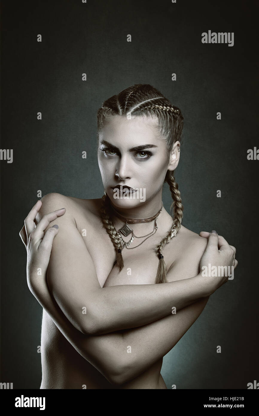Belle femme vampire. Halloween et gothique Photo Stock