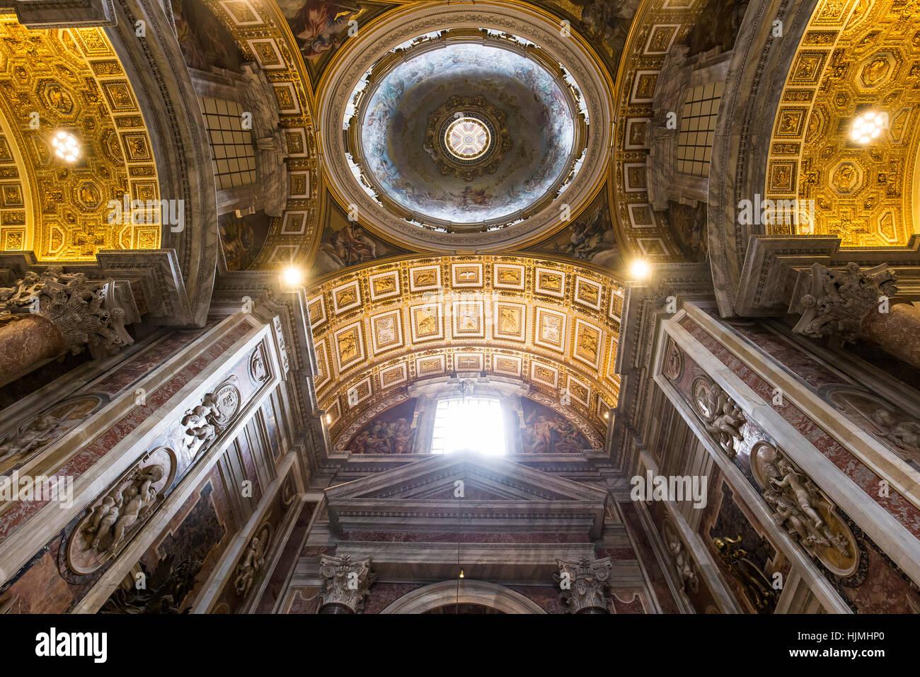 Cité du Vatican, Cité du Vatican - le 15 juin 2015: l'intérieur et les détails architecturaux Photo Stock