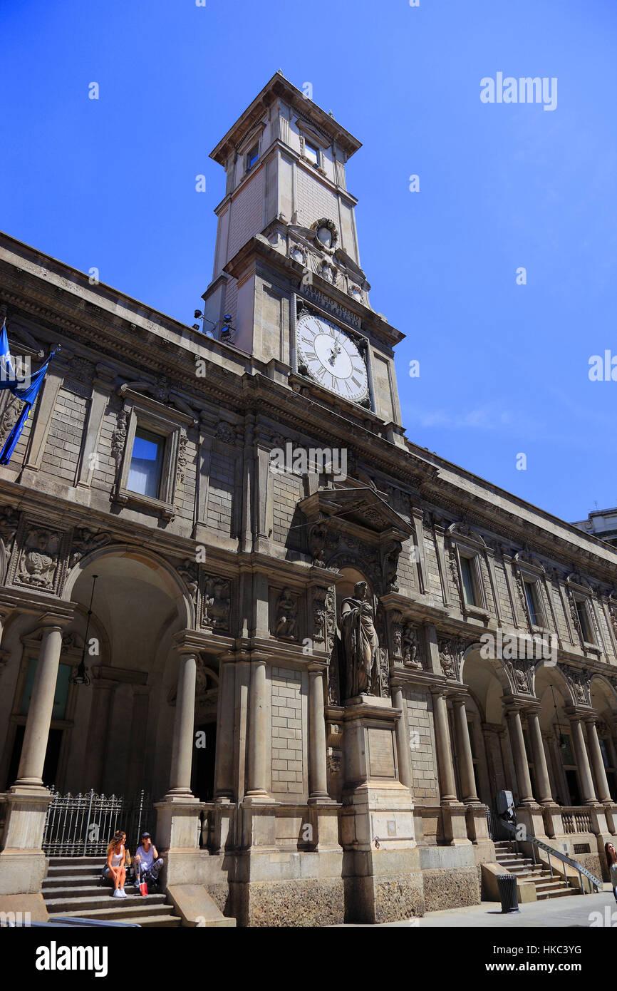 L Italie Ville De Milan Centre Ville Tour De L Horloge Du