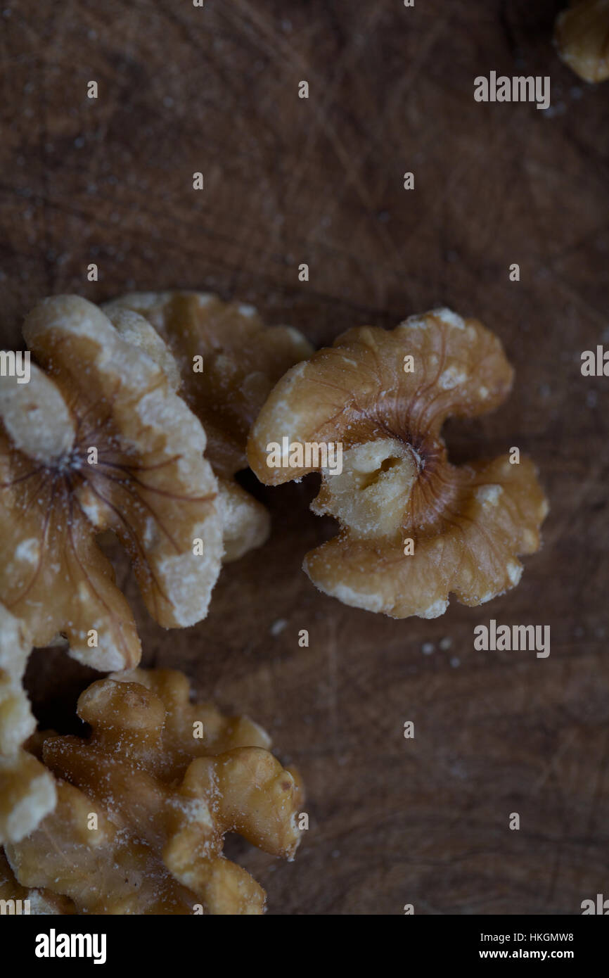 Noix fraîches. les semences, les aliments, les éléments nutritifs et les en-cas. Photo Stock