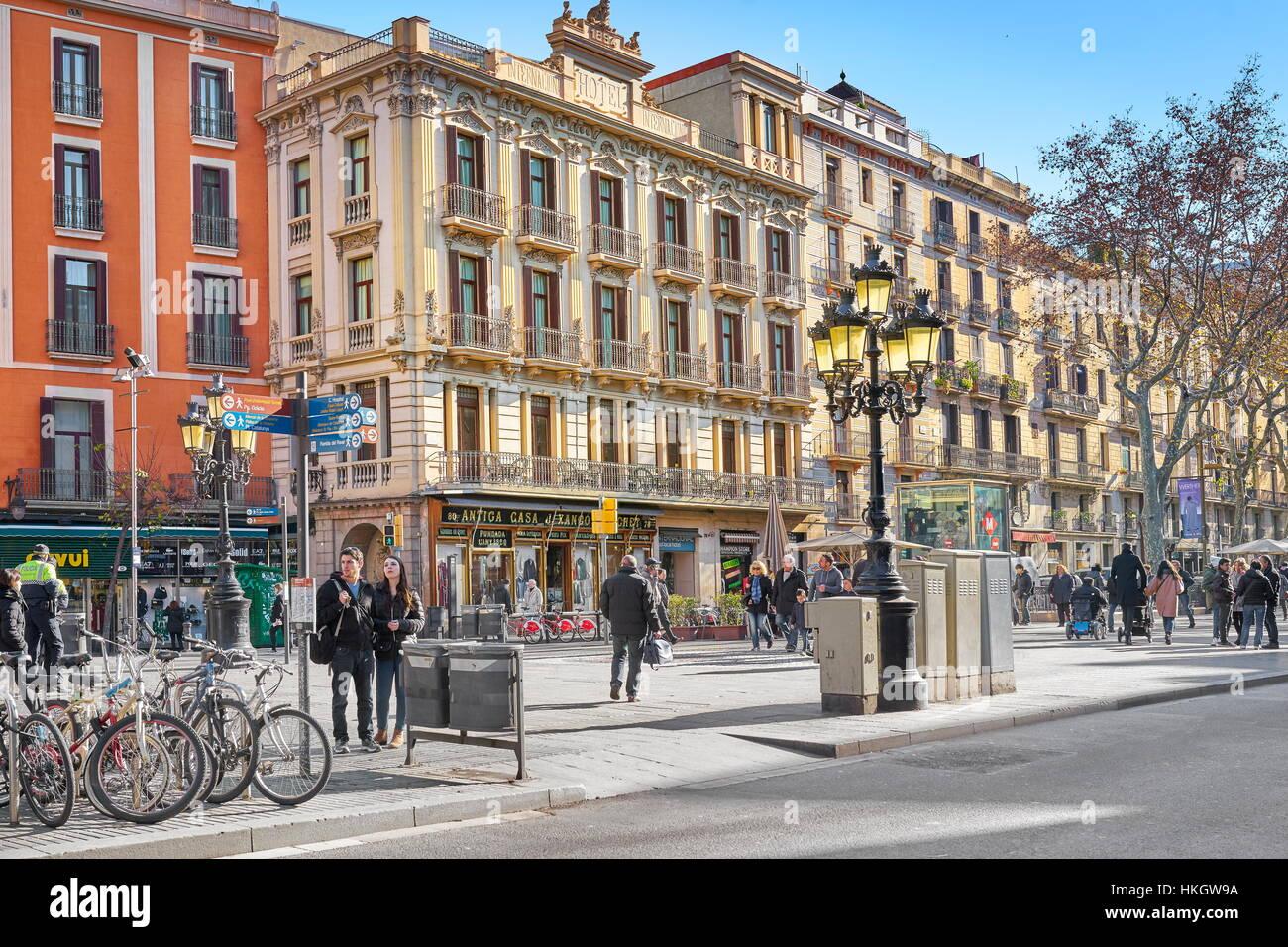 La rue de La Rambla, Barcelone, Catalogne, Espagne Photo Stock