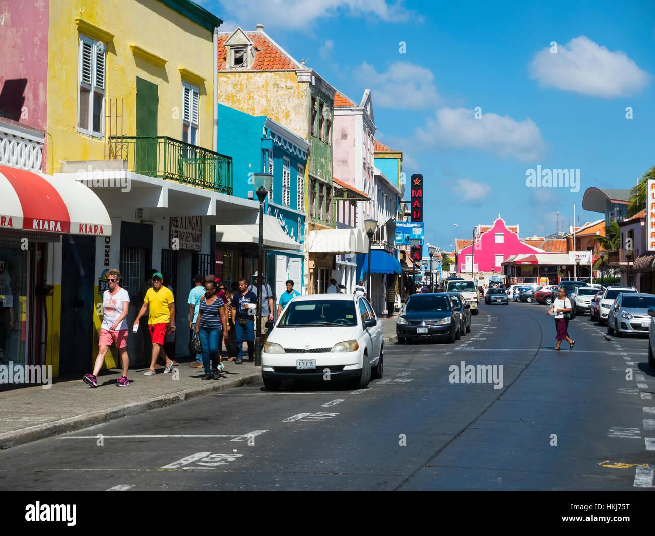 Maisons colorées à Willemstad, Curaçao, Petites Antilles, Caraïbes Banque D'Images