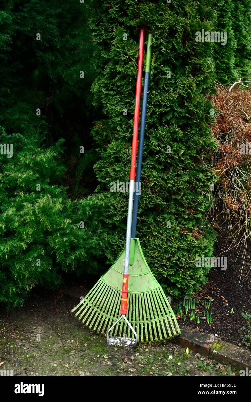 Outil jardin binette râteau outil outils outils en soins rangement tidy jardinage Jardins ont tendance à Photo Stock