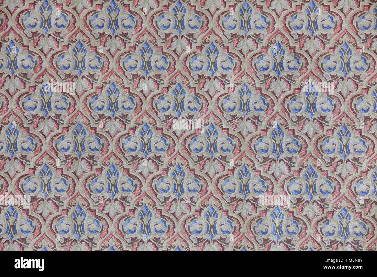 Vieux Papier Peint A Motif Antique Et Baroque En Bleu Et Rouge L