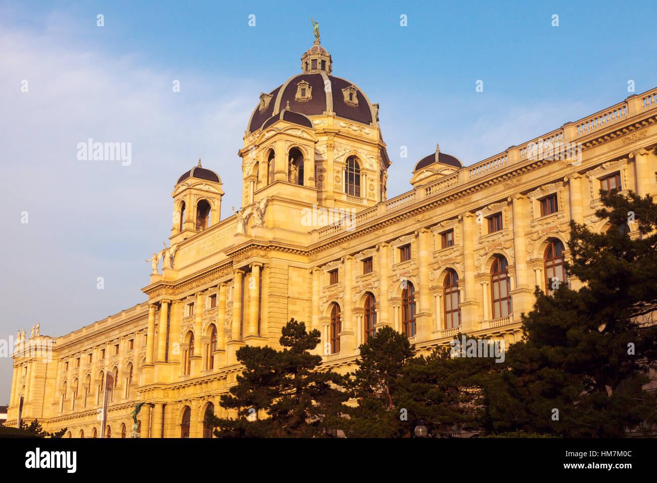 L'Autriche, Vienne, Musée d'histoire naturelle sur la Place Marie Thérèse Photo Stock