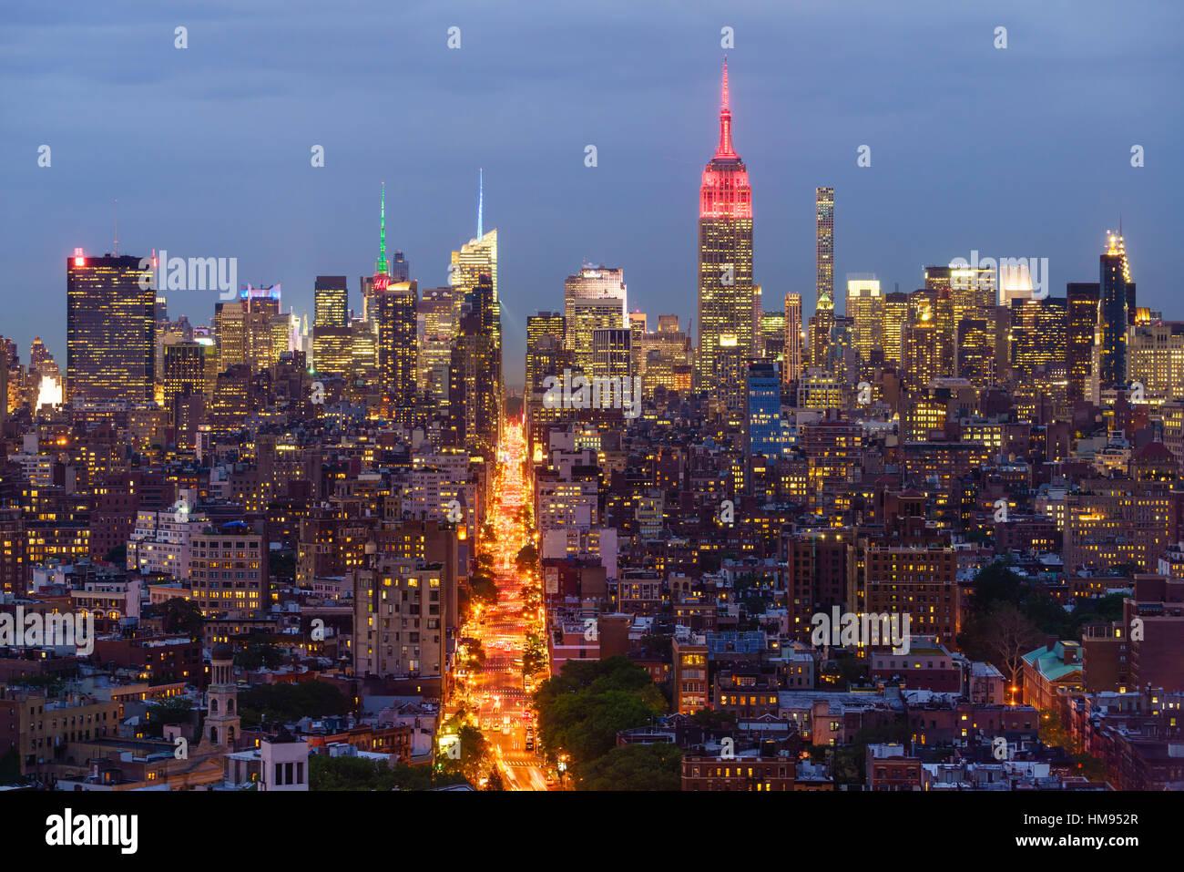 Empire State Building et sur les toits de la ville, Manhattan, New York City, États-Unis d'Amérique, Amérique du Nord Banque D'Images
