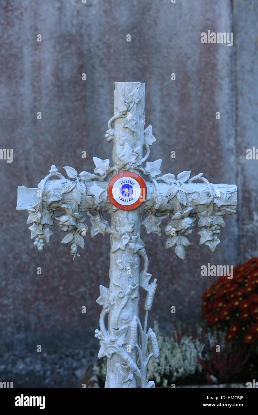 Croix en pierre. Souvenir Français. Photo Stock