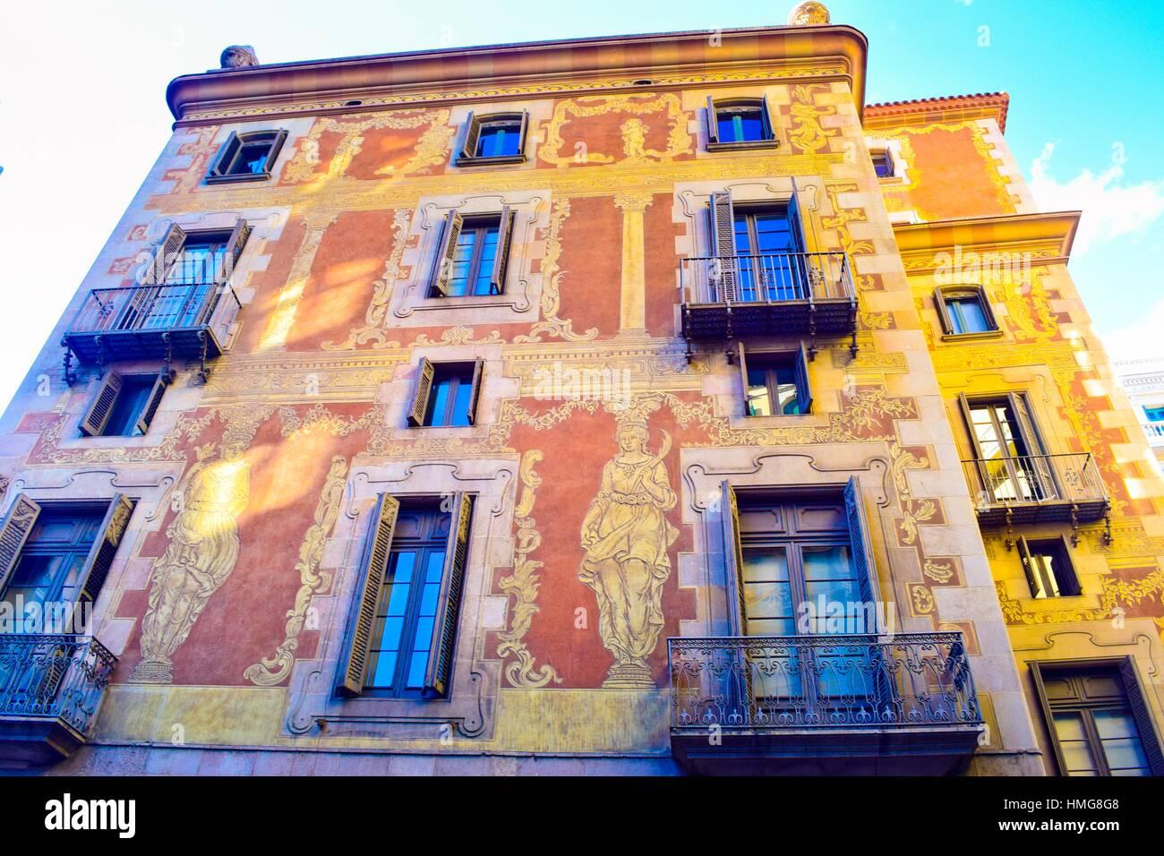 La Casa De La Seda La Maison De La Soie Est La Seule Maison De Guilde A Barcelone Ouvert Au Public Avec Des Visites Regulieres Du Lundi Au Samedi Photo Stock