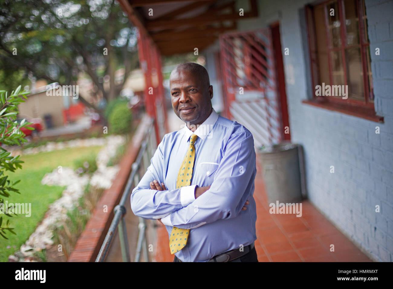 Johannesburg, Afrique du Sud. 26 janvier, 2017. La directrice de l'école primaire, AB Xuma Mbeki Radebe, à Johannesburg, Banque D'Images