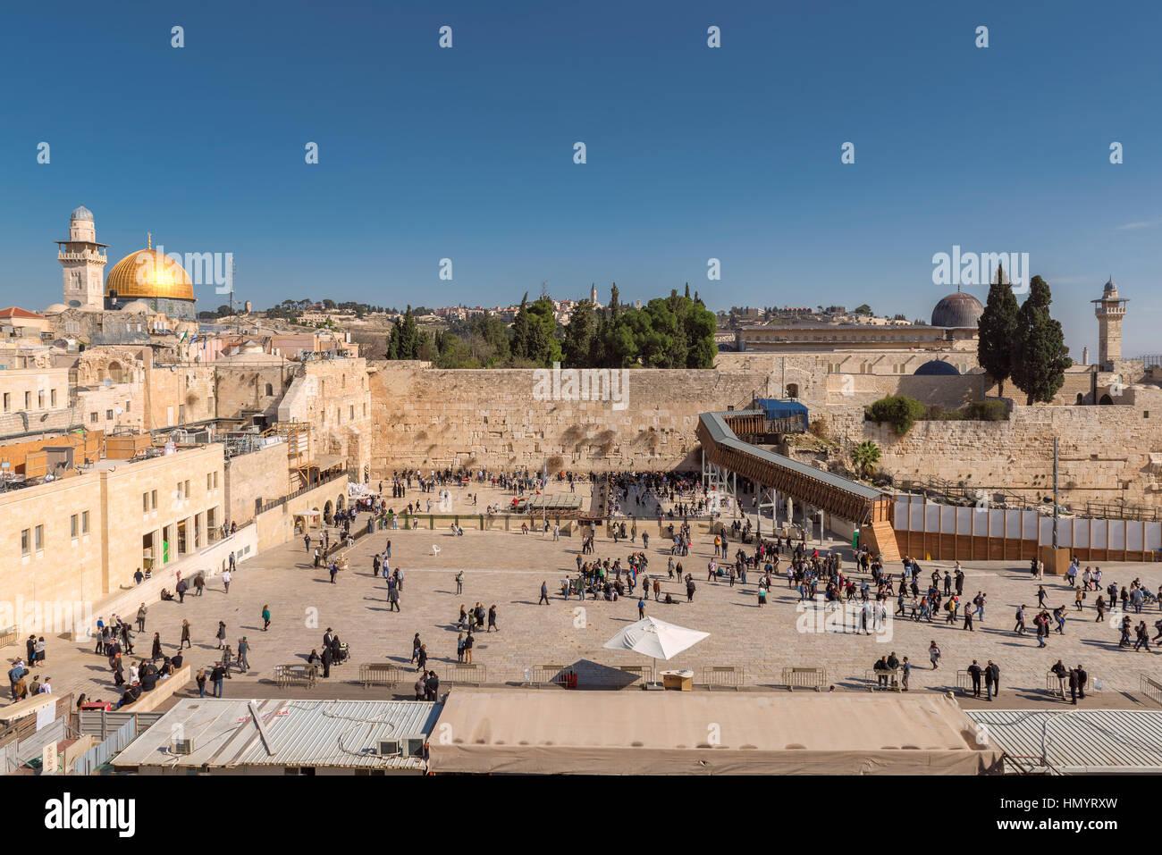 Mur des lamentations et Dôme du rocher d'or sur le mont du Temple, Jérusalem, Israël. Photo Stock