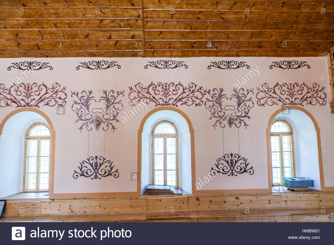 Les modèles peints sur le mur de la Synagogue de l'Akhaltsikhe Juifs géorgiens. Photo Stock