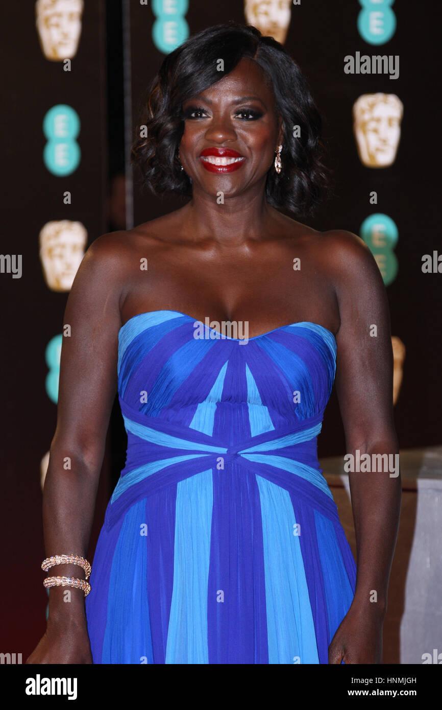 Londres - 12 févr. 2017: Viola Davis assiste à l'EE British Academy Film Awards (BAFTA) au Royal Photo Stock