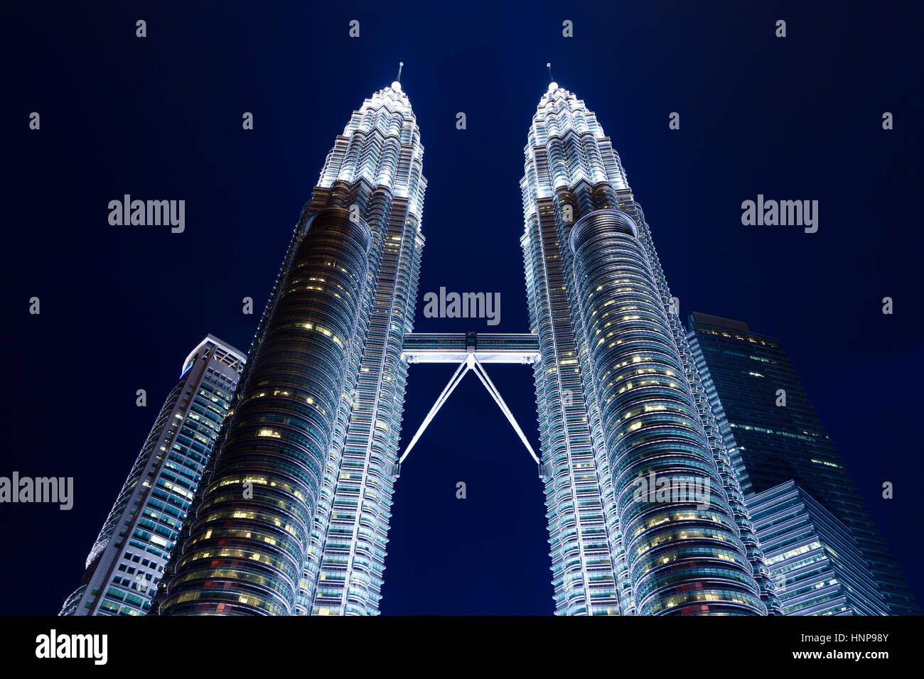 Les Tours Petronas de nuit, Kuala Lumpur, Malaisie Photo Stock