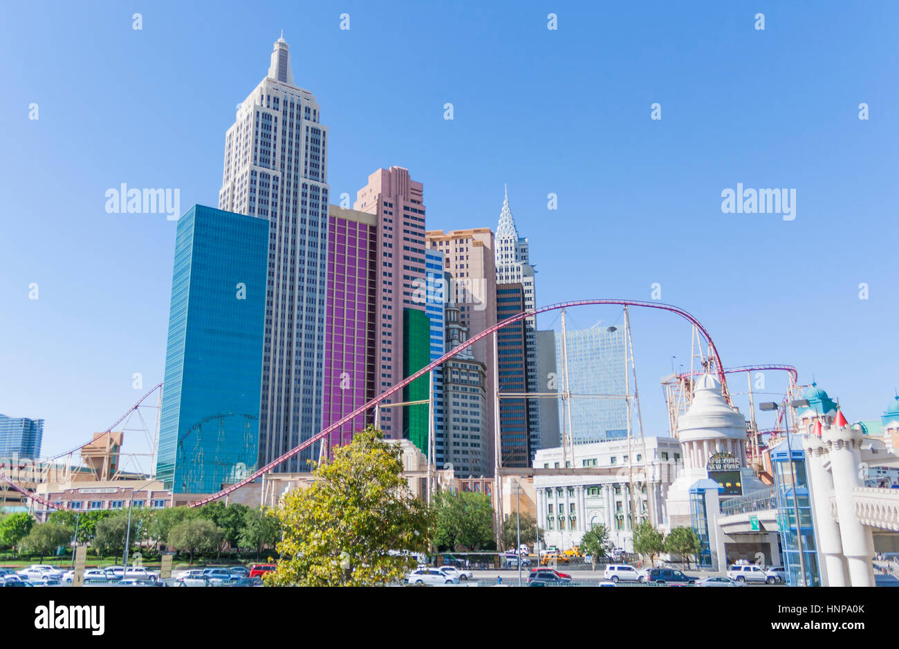 New York-New York Hotel avec roller coaster, le Strip, Las Vegas Boulevard South, Paradise, Las Vegas, Nevada, USA. Photo Stock