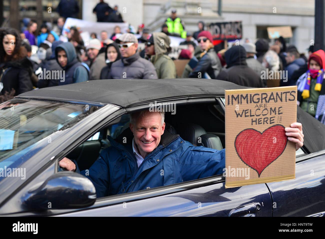 Washington, District de Columbia, Etats-Unis. 16 Février, 2017. Des centaines de manifestants rassemblement Photo Stock