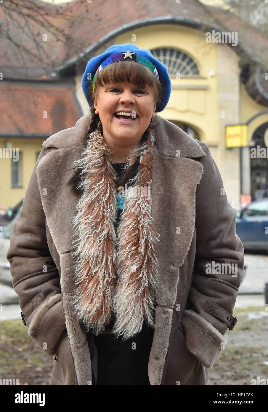 Berlin, Allemagne. 10 fév, 2017. La RDA Schlager singer Chris Doerk, photographié à Berlin, Allemagne, 10 février Banque D'Images