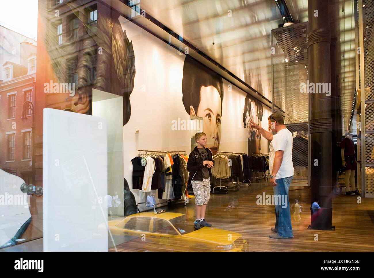 Prada Store Nyc Photos   Prada Store Nyc Images - Alamy 82b6b92cd34