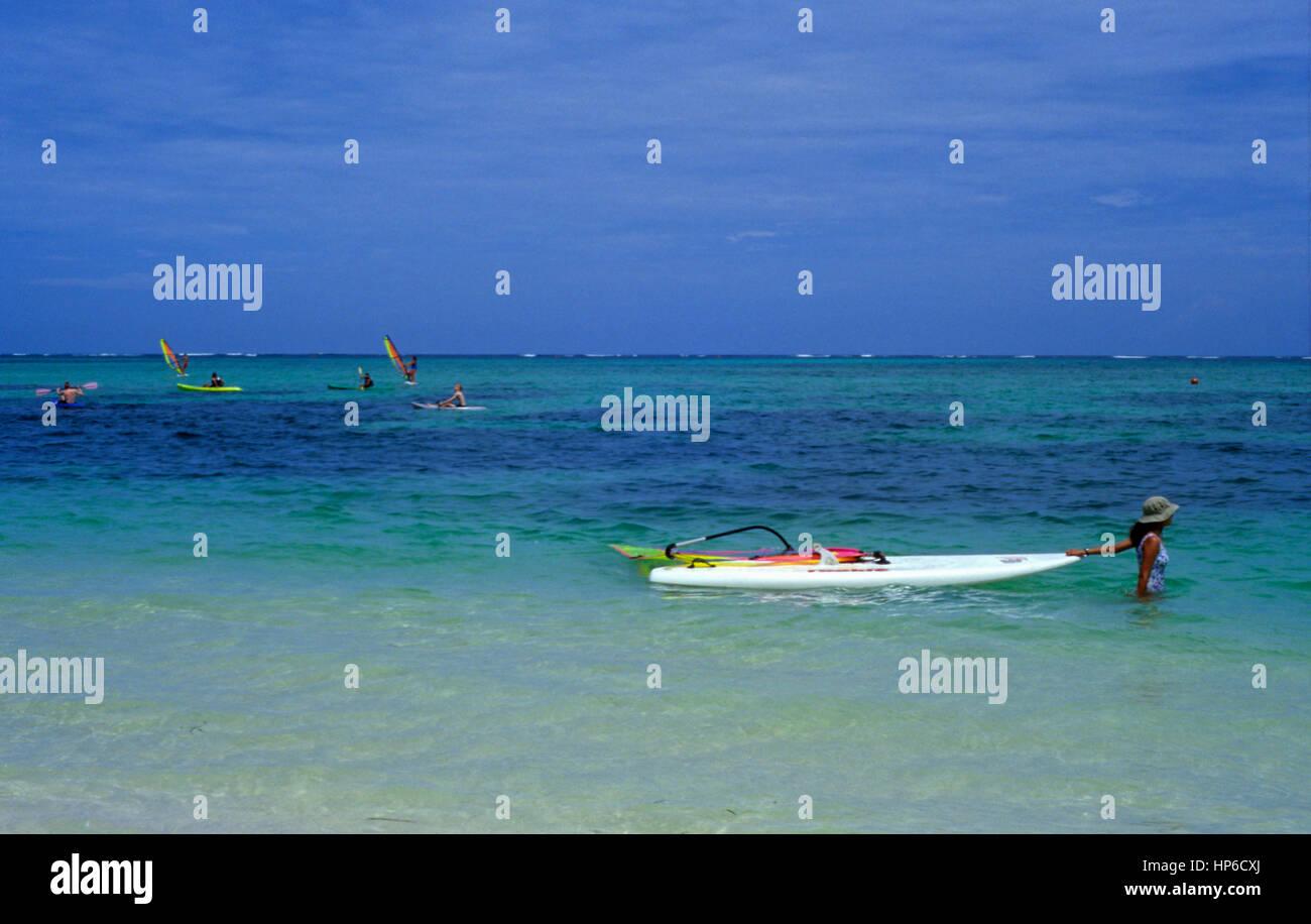 República Dominicana.La Péninsule de Samaná.Las Terrenas. Playa Cosón / plage de Coson. La planche Photo Stock
